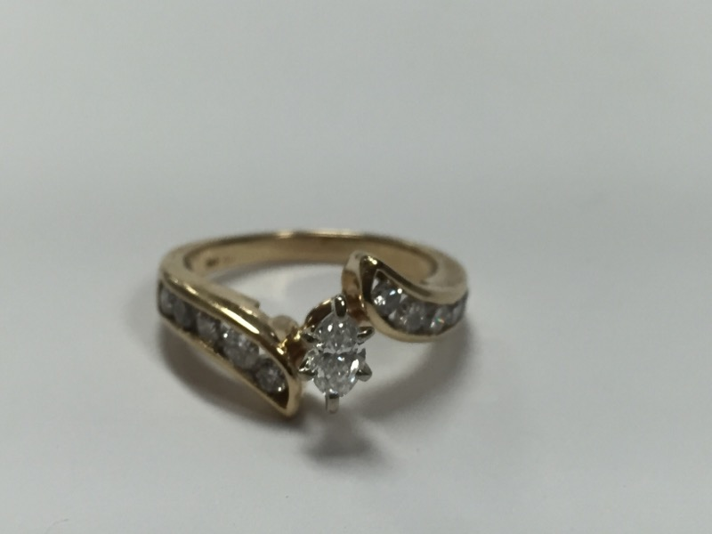 Lady's Diamond Engagement Ring 17 Diamonds 1.80 Carat T.W. 14K Yellow Gold 8.2g