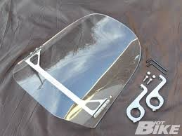 WINDVEST MOTORCYCLE WINDSHIELD W MOUNT BRACKET