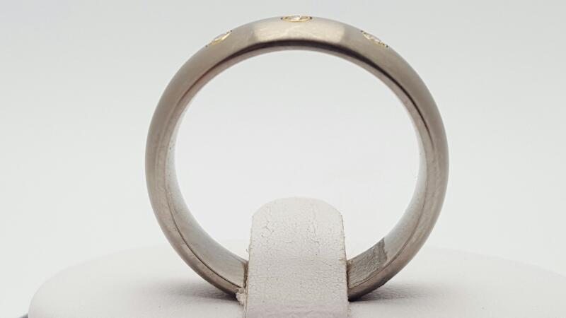 Gent's Diamond Wedding Band 3 Diamonds 0.09 Carat T.W. Silver Titanium 3.5g