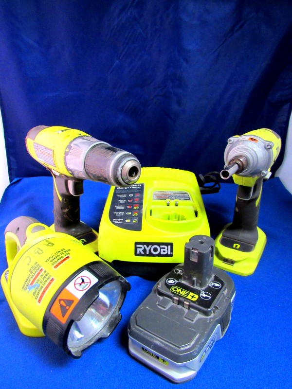 RYOBI COMBINATION SET