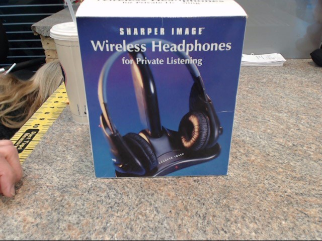 THE SHARPER IMAGE Headphones WIRELESS HEADPHONES