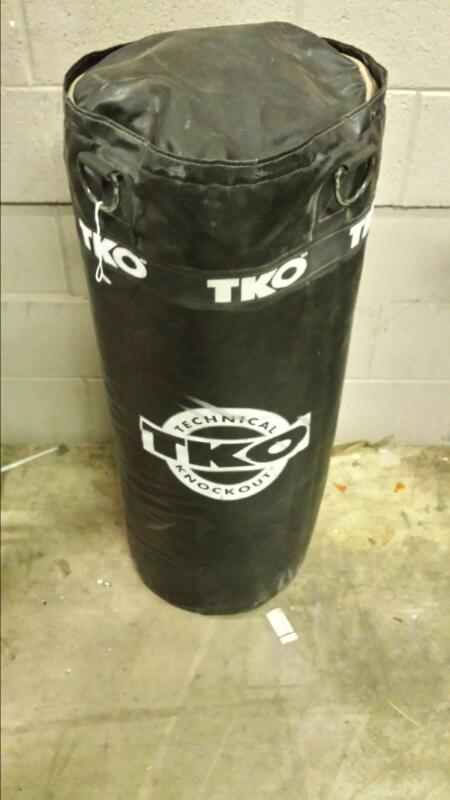 TKO PUNCHING BAG