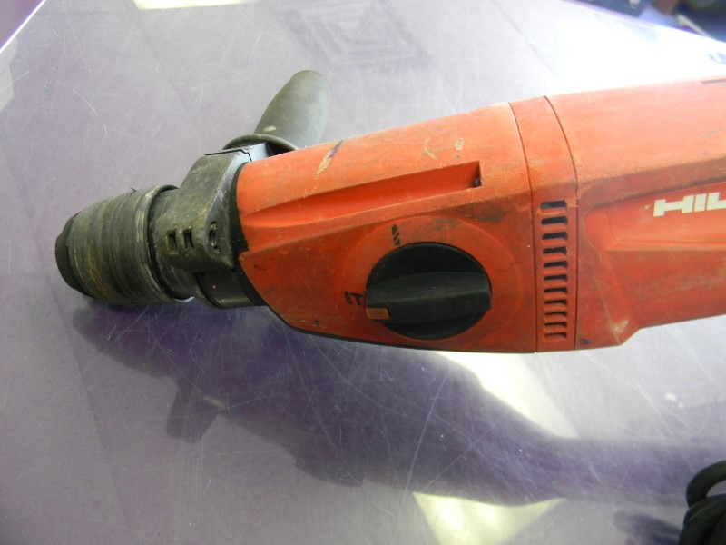Hilti TE2 Corded Rotary Hammer Drill