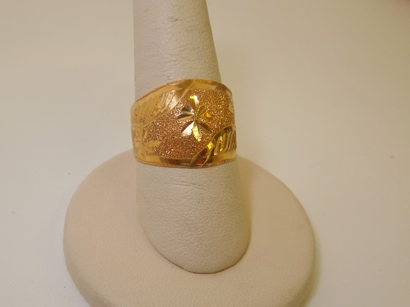 Lady's Gold Ring 21K Yellow Gold 6.7g Size:6