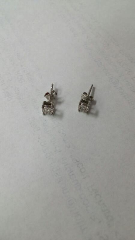 Silver-Diamond Earrings 2 Diamonds .10 Carat T.W. 925 Silver 0.9g