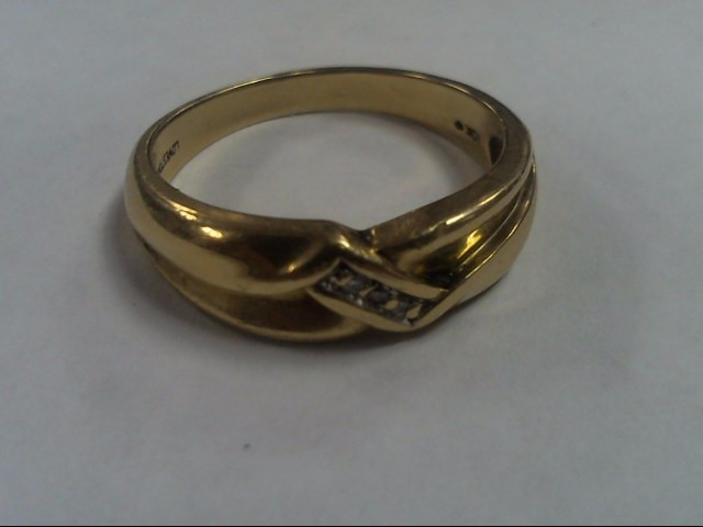 Gent's Gold-Diamond Wedding Band 3 Diamonds .03 Carat T.W. 10K Yellow Gold 5.2g