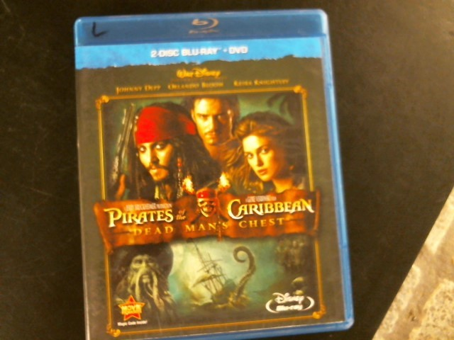 BLU-RAY MOVIE Blu-Ray PIRATES OF THE CARIBBEAN: DEAD MAN'S CHEST