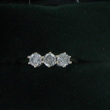 Gent's Diamond Fashion Ring 3 Diamonds 1.38 Carat T.W. 14K Yellow Gold 2dwt