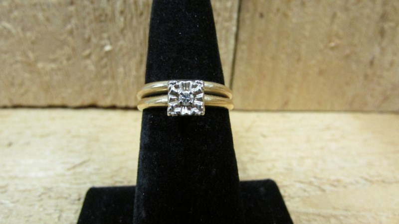 Lady's Diamond Wedding Set .07 CT. 14K Yellow Gold 4.4g Size:6.5