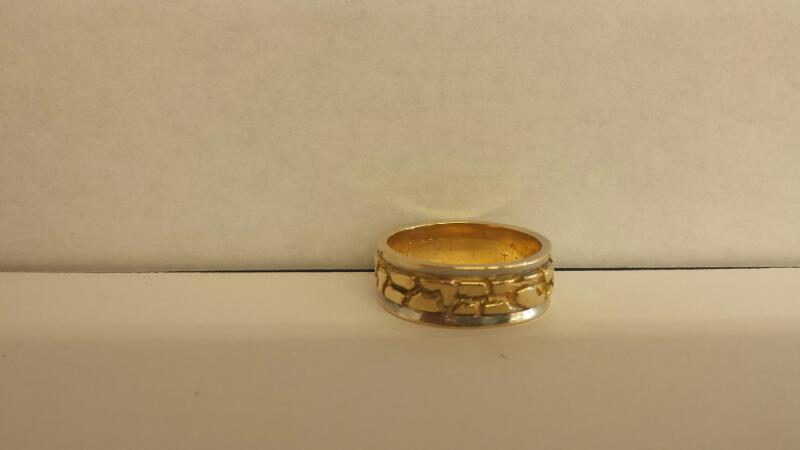 Gent's Gold Ring 14K 2 Tone Gold 6dwt Size:10
