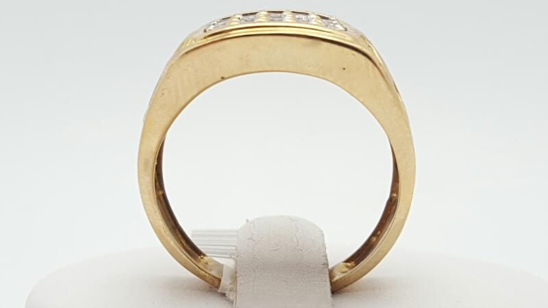 CZ Gent's Ring 10K Yellow Gold 6.2g