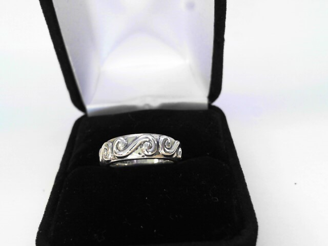 Lady's Silver Ring 925 Silver 2.61dwt Size:5