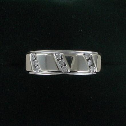 Gent's Gold-Diamond Wedding Band 9 Diamonds .27 Carat T.W. 14K White Gold 4dwt