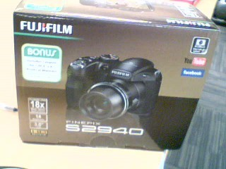 FUJIFILM Digital Camera FINEPIX S9400W