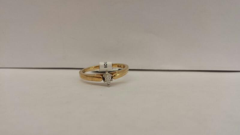 10k Yellow Gold Ring with 1 Marquise Diamond