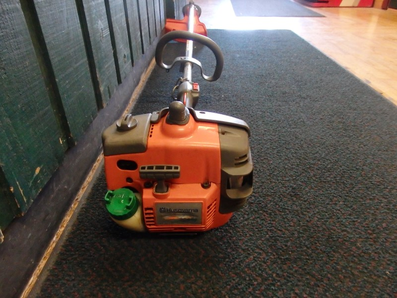 HUSQVARNA Lawn Trimmer 326LS