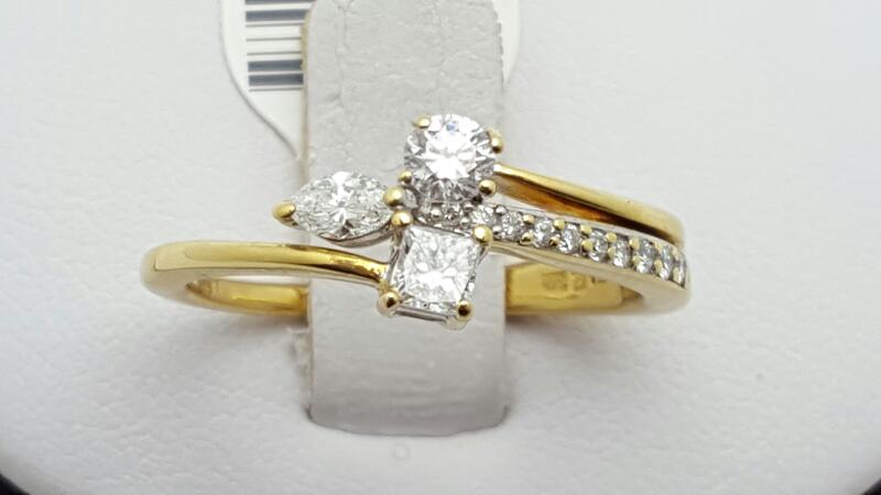 Lady's Diamond Fashion Ring 13 Diamonds .45 Carat T.W. 18K Yellow Gold 3.8g