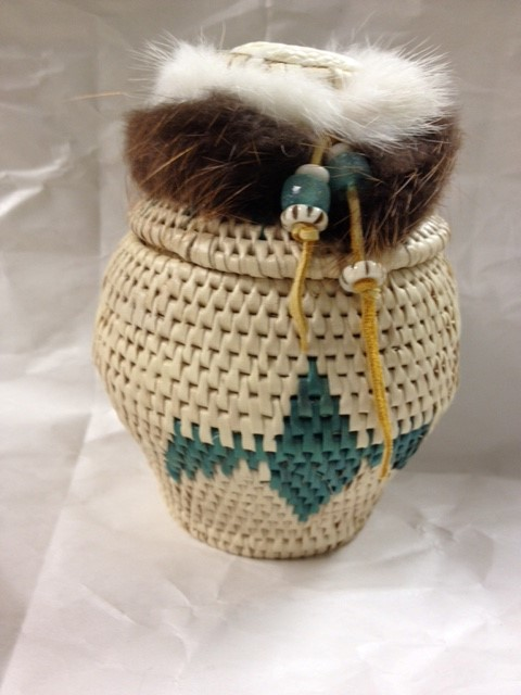 ALASKA GRASS BASKET-EAGLE