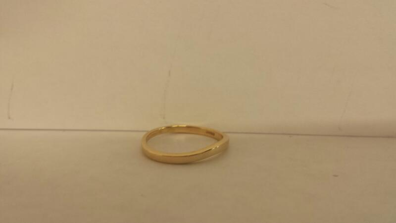 14K YG LDS Wedding Band  .9Dwt Size 5
