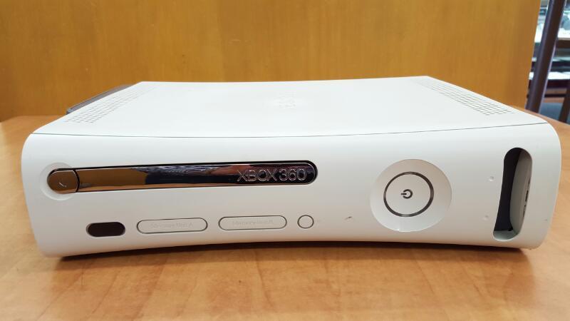 MICROSOFT XBOX 360 - 20GB - CONSOLE