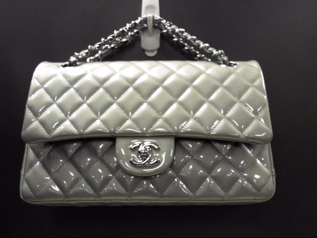 CHANEL CLASSIC DOUBLE FLAP SILVER PATENT LEATHER 2.55 SHOULDER BAG