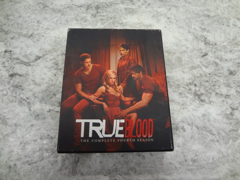BLU-RAY BOX SET TRUE BLOOD THE COMPLETE FOURTH SEASON