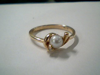 Synthetic Pearl Lady's Stone & Diamond Ring .01 CT. 10K Yellow Gold 1.7g