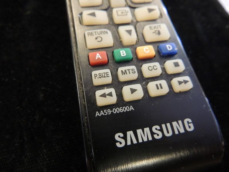 Samsung AA59-00600A Original TV Remote Control LED HDTV - WORKING