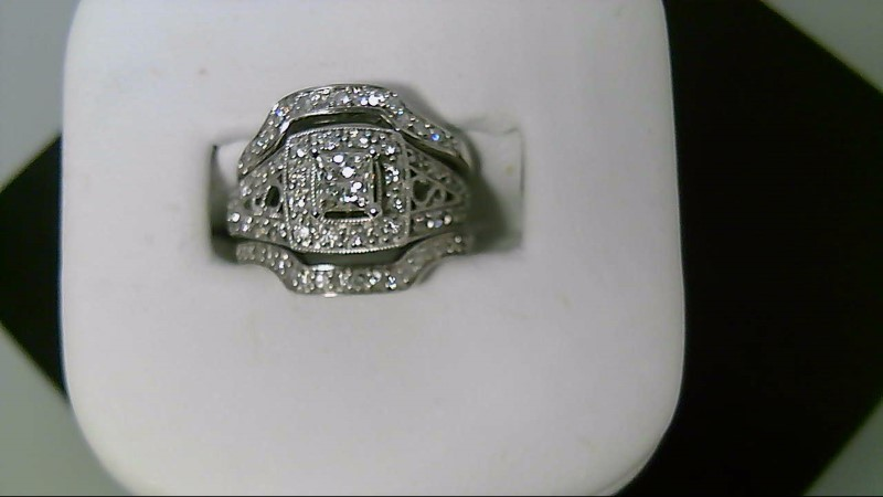 Lady's 14k white gold pricess cut and round diamond wed set