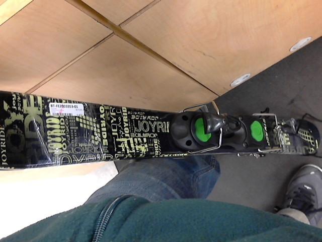 JOYRIDE Snow Skis 990
