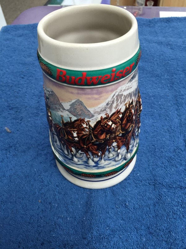 BUDWEISER 1993 HOLIDAY STEIN SPECIAL DELIVERY