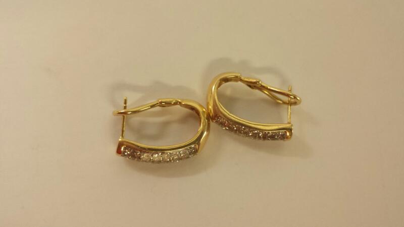 14 KT Gold-Diamond Earrings 48PR APPX1.5CTTW 48 Diamonds 1.44 Carat T.W.