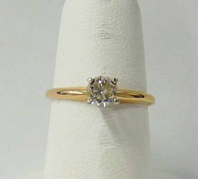 Lady's Diamond Engagement Ring .45 CT. 14K Yellow Gold 1.26dwt