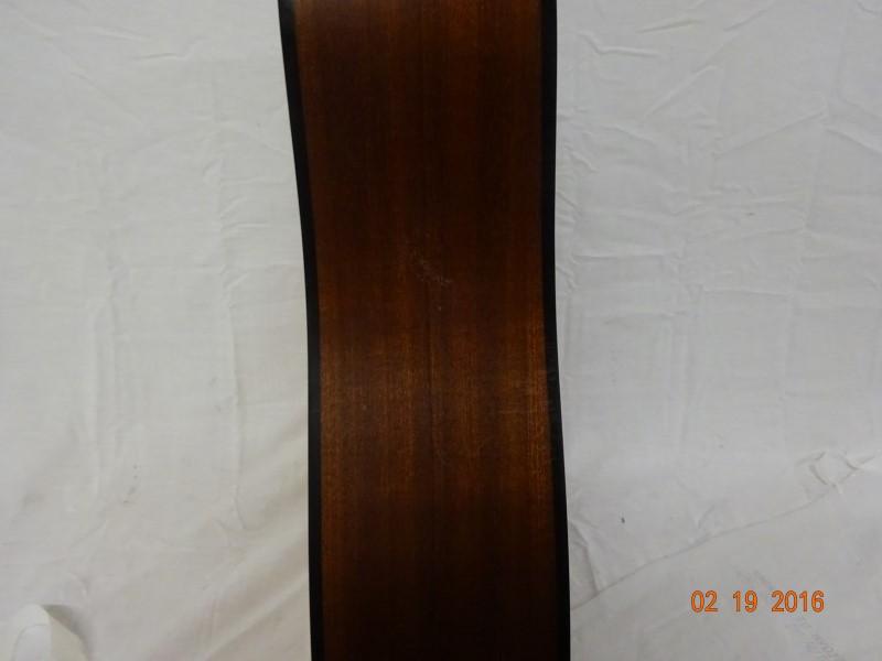 TAYLOR GUITARS Acoustic Guitar 110-E