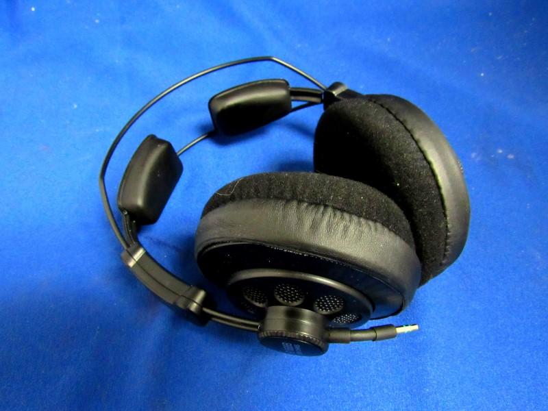 SUPERLUX HD668B HEADPHONES