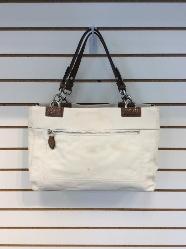 Coach F16532 White Nutmeg Genuine Leather Large Penelope Shoulder Bag with Tags
