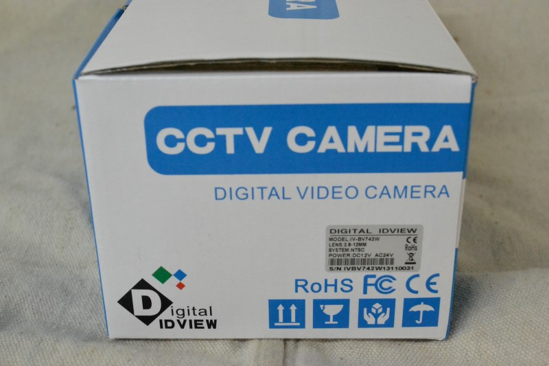 DIGITAL IDVIEW CCTV CAMERA. MODEL IV-BV742W.