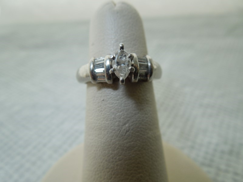 Lady's Platinum Diamond Cluster 7 Diamonds .41 Carat T.W. 900 Platinum 5.8g