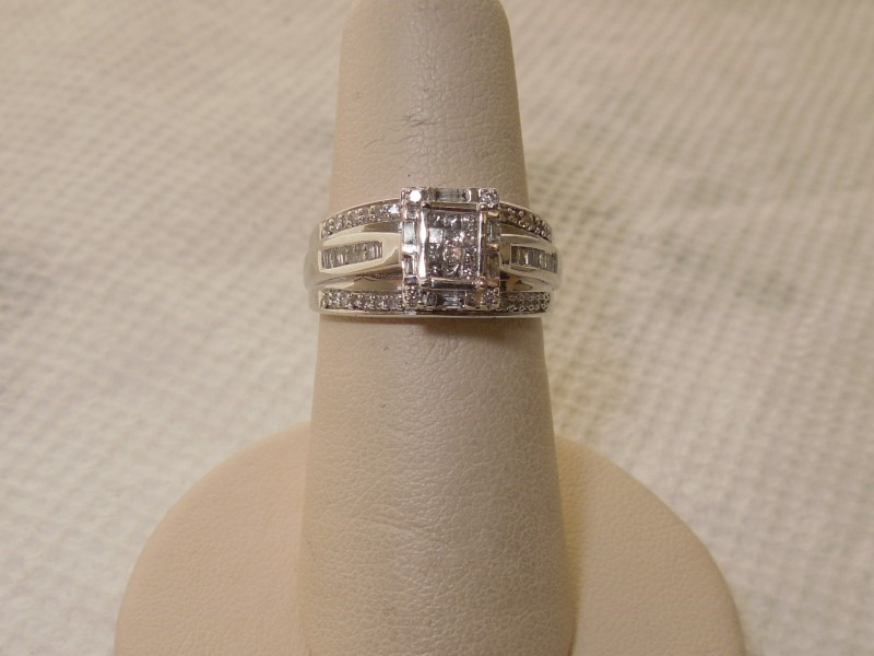 Lady's Diamond Engagement Ring 76 Diamonds .88 Carat T.W. 14K White Gold 4.5g