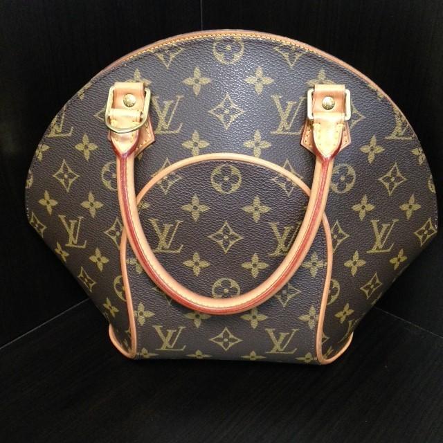 LOUIS VUITTON Handbag ELLIPSE PM