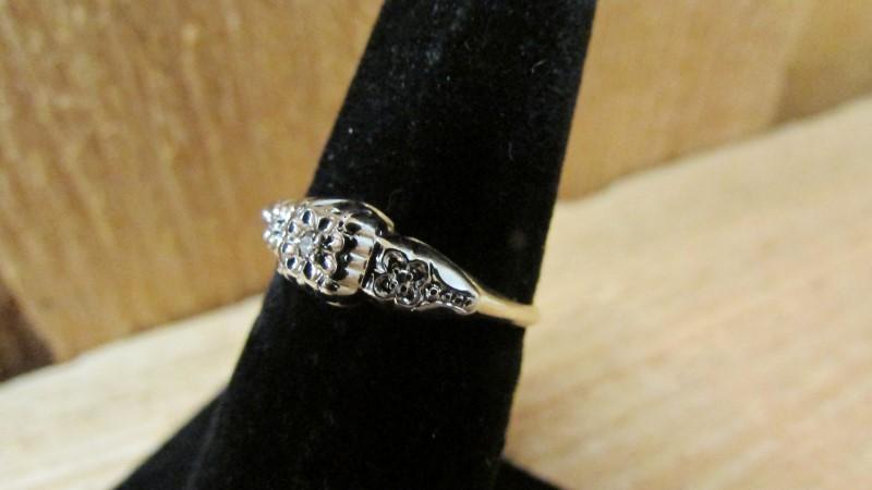 Lady's Diamond Fashion Ring 0.02 CT. 14K 2 Tone Gold 1.2g