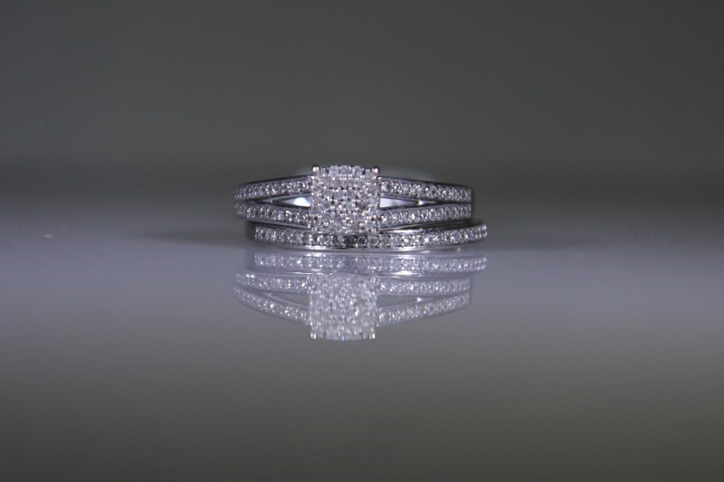 Lady's Diamond Wedding Set 108 Diamonds 1.08 Carat T.W. 10K White Gold 3.9g