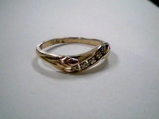 Lady's Diamond Wedding Band 5 Diamonds .05 Carat T.W. 10K Tri-color Gold 1.8g
