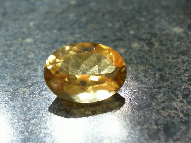 Citrine Colored Melee 1.88g