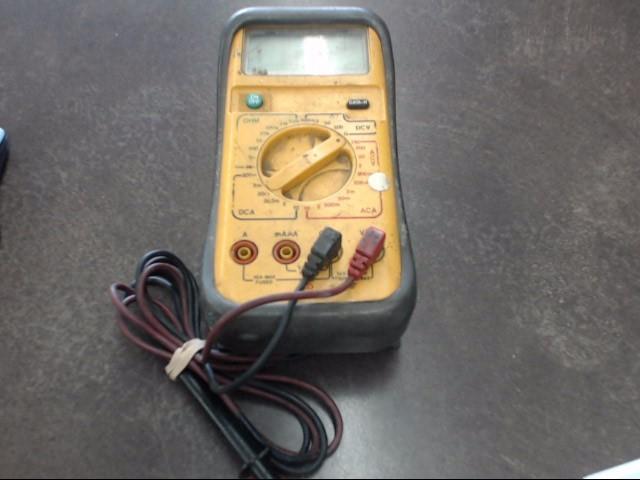 UEI Multimeter DM383 MULTIMETER