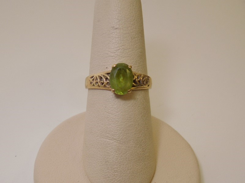 Synthetic Peridot Lady's Stone Ring 10K Yellow Gold 1.8g Size:6.5