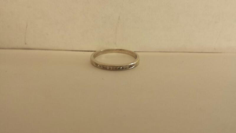 Lady's Diamond Wedding Band 10 Diamonds .10 Carat T.W. 10K White Gold 0.7dwt