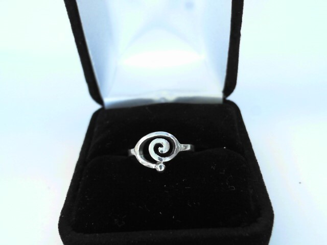 Lady's Silver Ring 925 Silver 1.21dwt Size:5