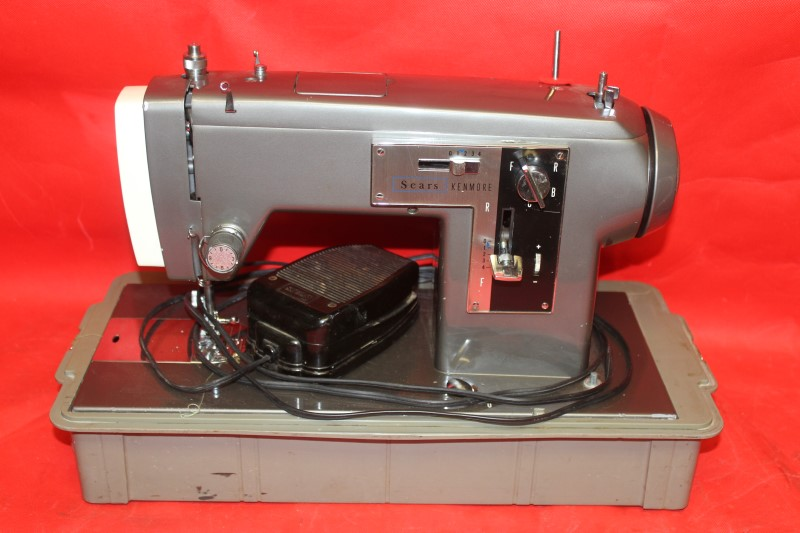 VINTAGE Sears Sewing Machine Model 2142 with Original Carrying Box!