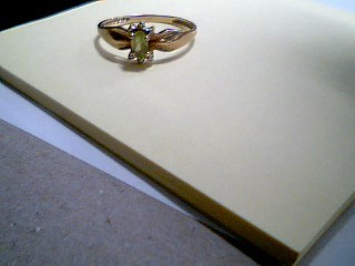 Synthetic Emerald Lady's Stone Ring 10K Yellow Gold 1.5g